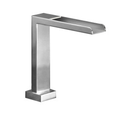 QQW.02H_Quadro Waterfall Basin Spout_DP_JPG